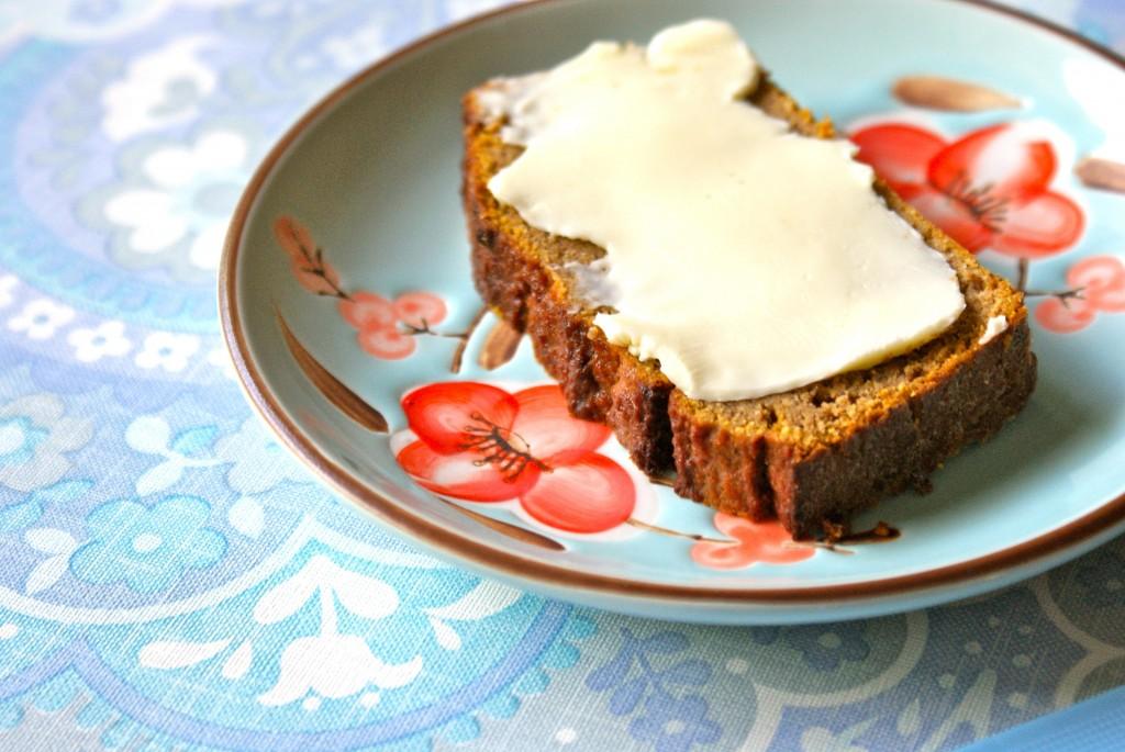 En god klat smør, gør det bestemt ikke dårligere.. ;)