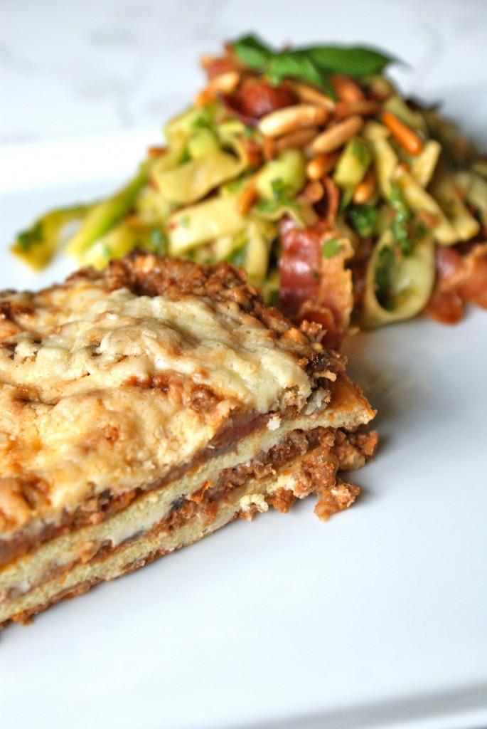 Idag fik resterne af lasagnen selskab af en omgang low carb 'pasta salat'. :)